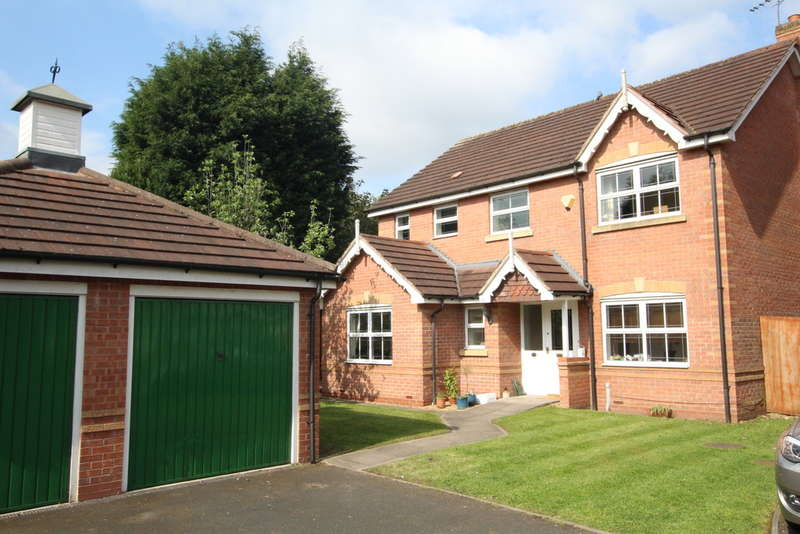 4 Bedrooms Detached House for sale in Woodchurch Grange, Boldmere, Sutton Coldfield, B73 5GA