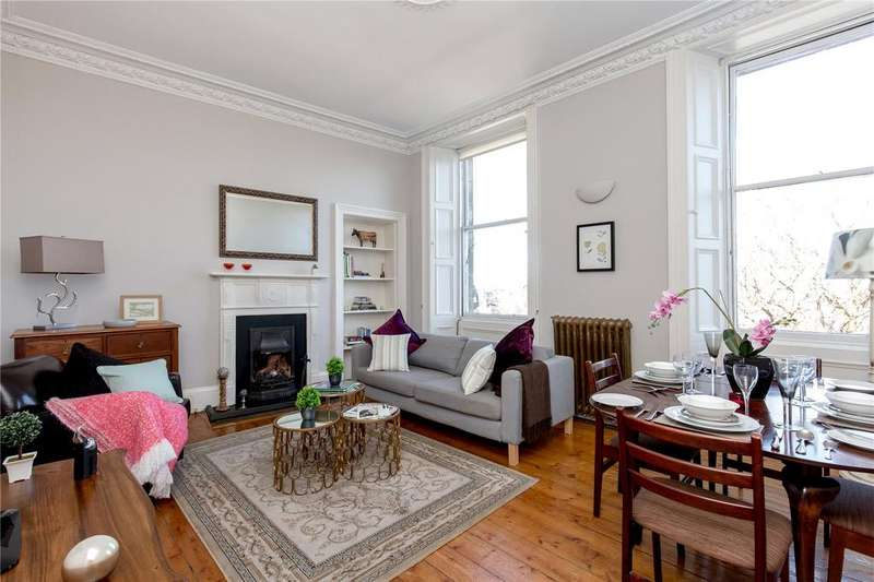 2 Bedrooms Flat for sale in 24 (2F2) Dundonald Street, New Town, Edinburgh, EH3