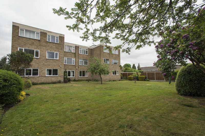 2 Bedrooms Apartment Flat for sale in Picardy Road, Belvedere, DA17