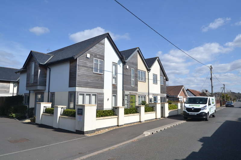 2 Bedrooms Terraced House for sale in Ringwood