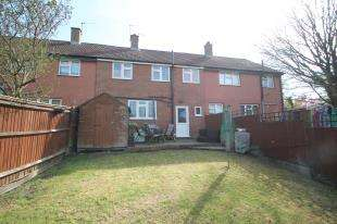3 Bedrooms Terraced House for sale in Sherborne Road, Orpington, Kent