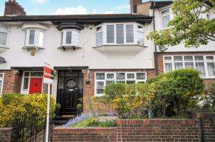 3 Bedrooms Terraced House for sale in Sunny Nook Gardens, South Croydon, .