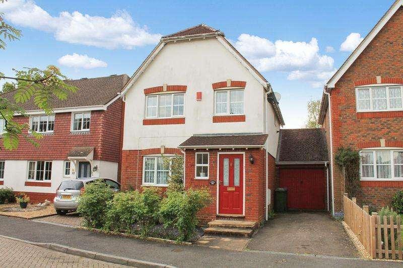 3 Bedrooms House for sale in Cranham Avenue, Billingshurst