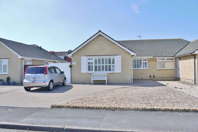 4 Bedrooms Semi Detached Bungalow for sale in Dallas Avenue, Swindon