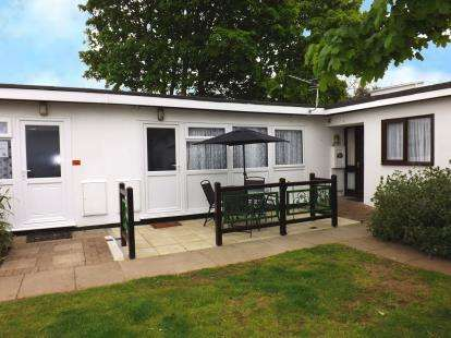 2 Bedrooms Bungalow for sale in Warren Road, Dawlish Warren, Dawlish