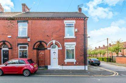 2 Bedrooms Terraced House for sale in Russell Street, Ashton Under Lyne, Greater Manchester