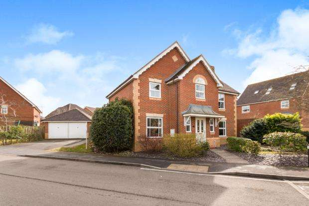 5 Bedrooms Detached House for sale in Basingstoke, Hampshire, .