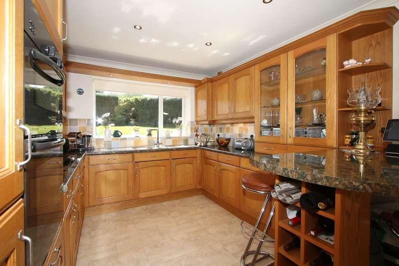 2 Bedrooms Semi Detached Bungalow for sale in Pedmore Lane, Pedmore, Stourbridge, DY9