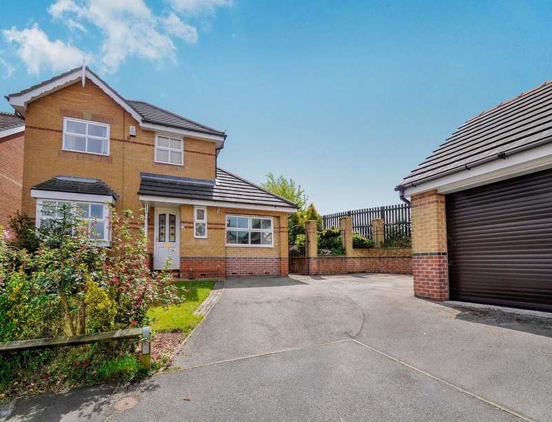 3 Bedrooms Detached House for sale in Charlton Hill Rise, Chapeltown, Sheffield, S35