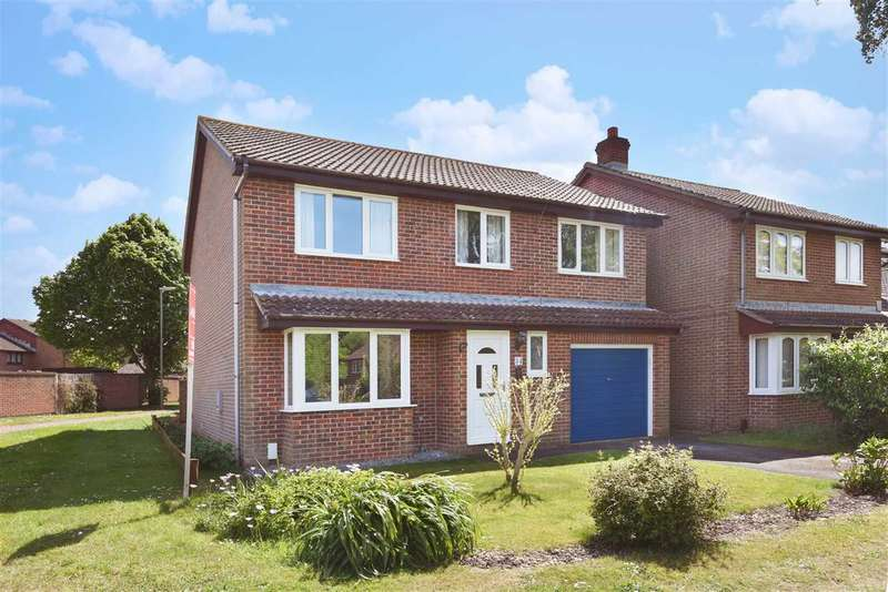 4 Bedrooms Detached House for sale in PENNYCRESS, LOCKS HEATH