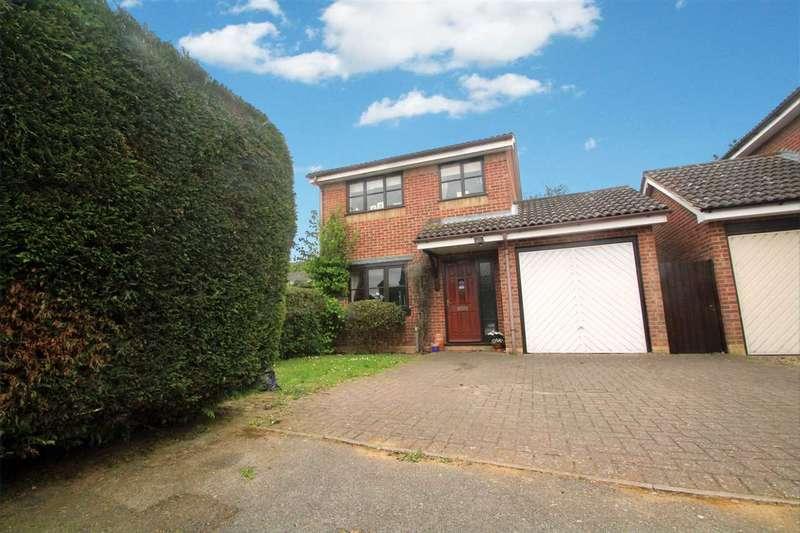 3 Bedrooms Detached House for sale in Sprites Lane, Ipswich