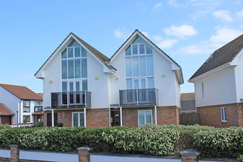 3 Bedrooms Semi Detached House for sale in Sea Road, Milford On Sea, Lymington