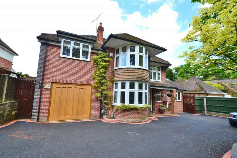 4 Bedrooms Detached House for sale in Queens Park