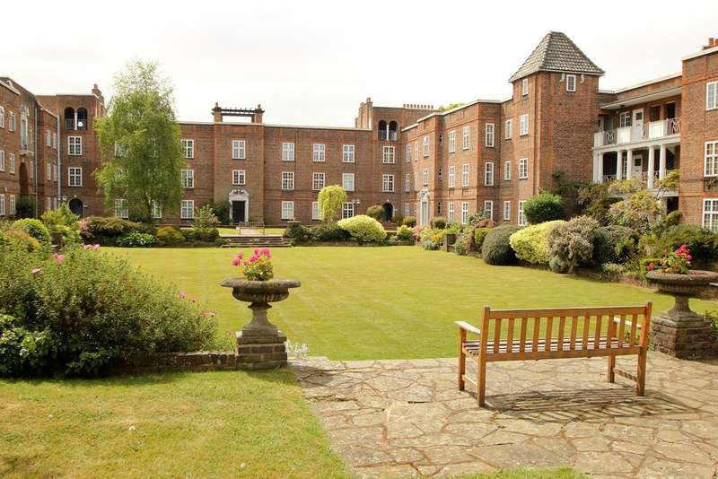 2 Bedrooms Flat for sale in Surbiton Court