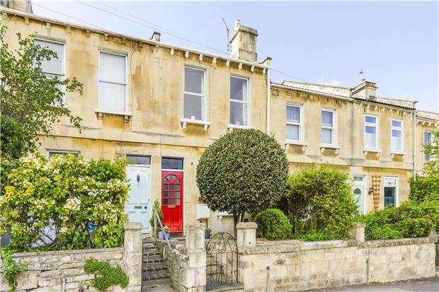 3 Bedrooms Terraced House for sale in Otago Terrace, BATH, Somerset, BA1