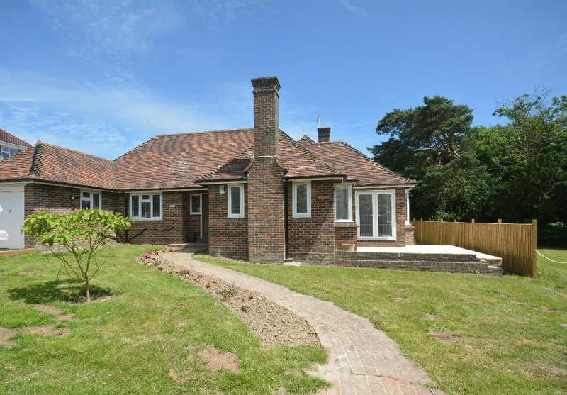 3 Bedrooms Bungalow for sale in Park Lane, Bexhill-On-Sea