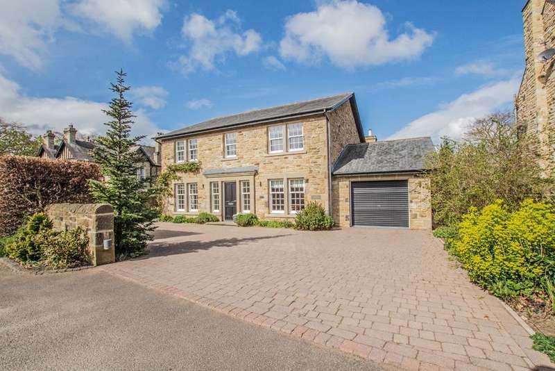 5 Bedrooms Detached House for sale in The Wynding, Corbridge NE45