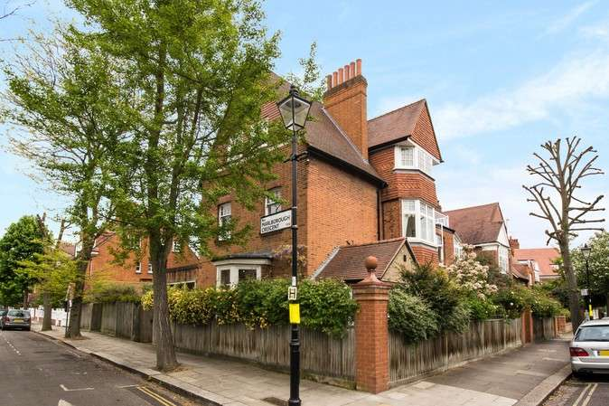 6 Bedrooms Detached House for sale in Bedford Road, Chiswick