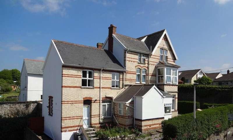 1 Bedroom Flat for sale in Bear Street, Barnstaple