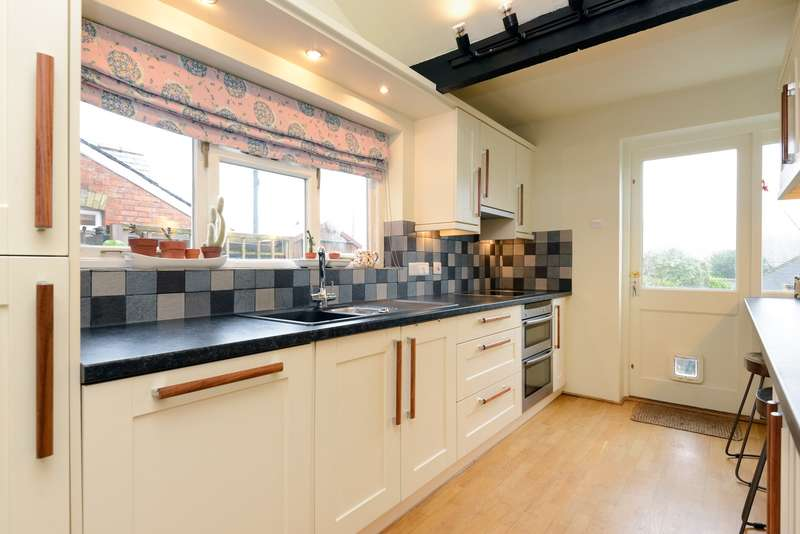 3 Bedrooms Cottage House for sale in Lime Villas, High Street, Elham, CT4