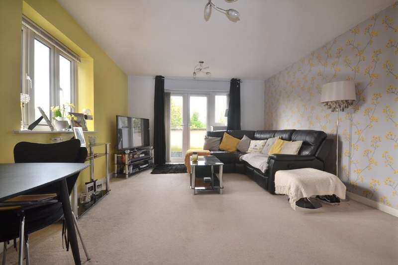 1 Bedroom Flat for sale in Hales Court, Garston, Watford