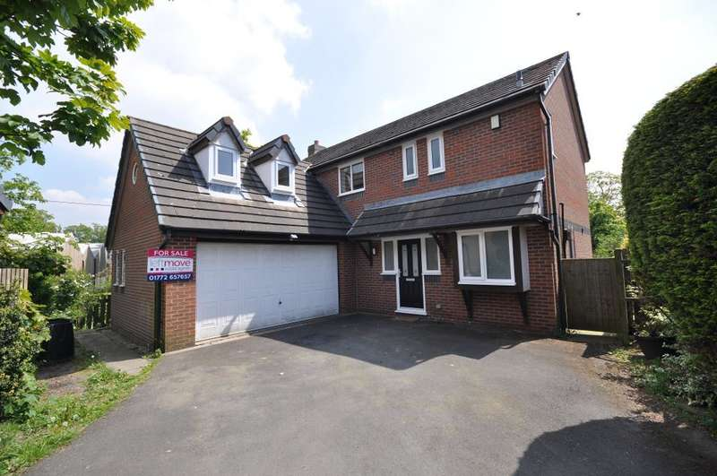5 Bedrooms Detached House for sale in Bracken Drive, Freckleton, Preston, Lancashire, PR4 1TH