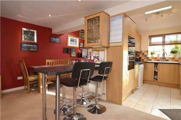 4 Bedrooms Detached House for sale in Foster Road, ABINGDON, Oxfordshire, OX14 1YN