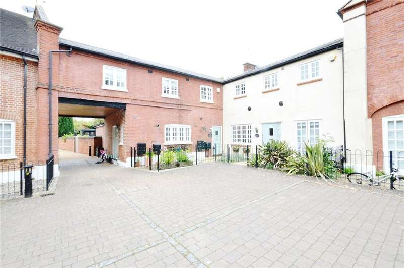 3 Bedrooms House for sale in Coopers Mews, Watford, Hertfordshire, WD25