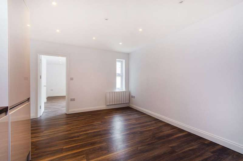 1 Bedroom Flat for sale in Beddington Terrace, Mitcham, CR0
