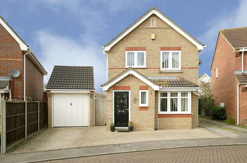 3 Bedrooms Detached House for sale in Kiln Road, Horsford