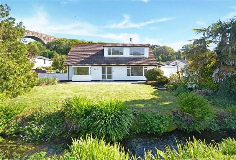 4 Bedrooms Detached House for sale in Riverside, Angarrack, Hayle, Cornwall, TR27