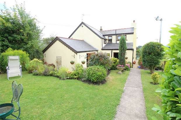 3 Bedrooms Cottage House for sale in Croesypant Lane, Mamhilad, Monmouthshire