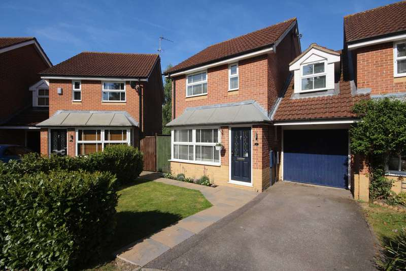 3 Bedrooms Link Detached House for sale in Wallcroft Close, Binfield