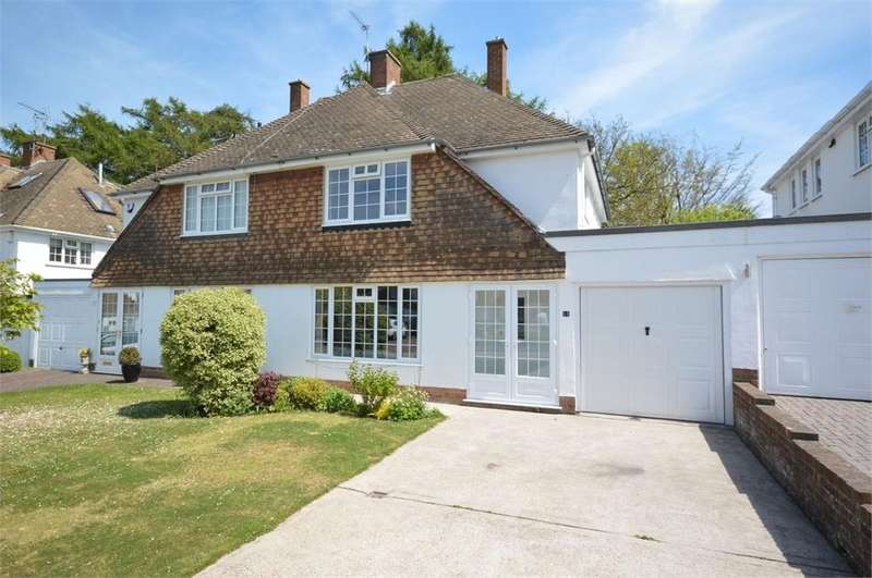 3 Bedrooms Semi Detached House for sale in Ferndene, New Barn