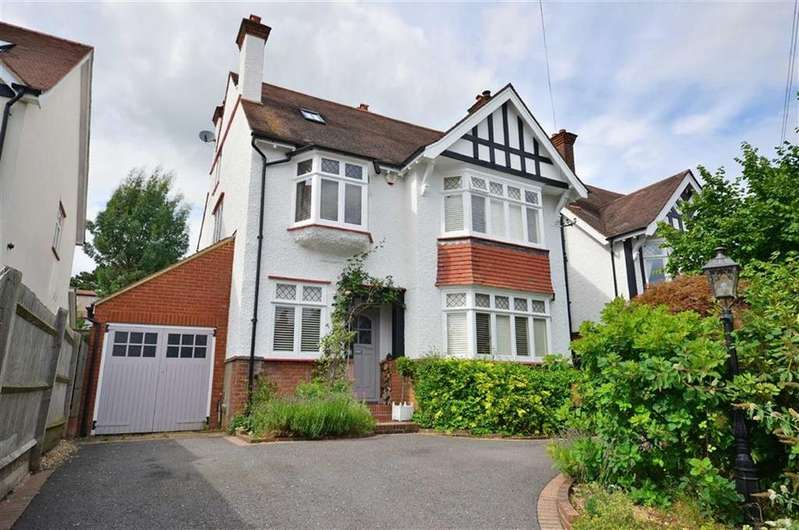 6 Bedrooms Detached House for sale in Berks Hill, Chorleywood, Hertfordshire