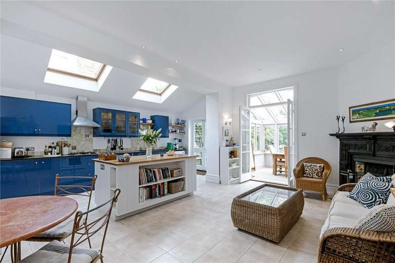 5 Bedrooms Semi Detached House for sale in Cloncurry Street, Fulham, London, SW6