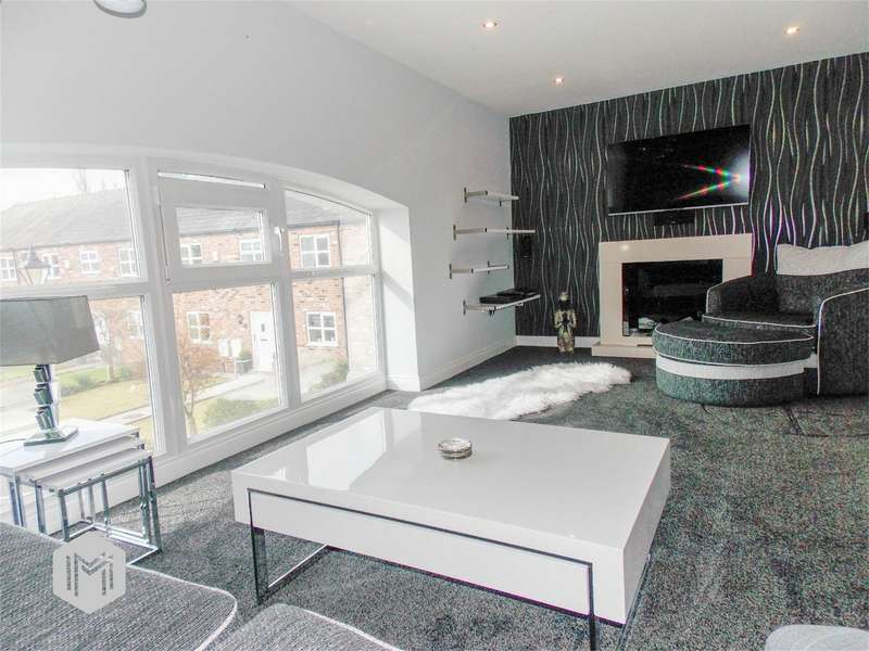 4 Bedrooms Mews House for sale in Plodder Lane, Over Hulton, Bolton, Lancashire