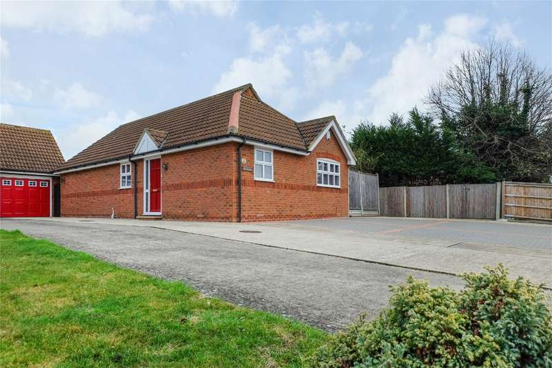 3 Bedrooms Detached Bungalow for sale in Wauchope Road, Seasalter, WHITSTABLE, Kent