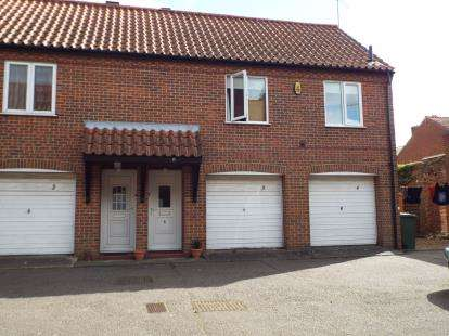 1 Bedroom Flat for sale in London Street, Swaffham