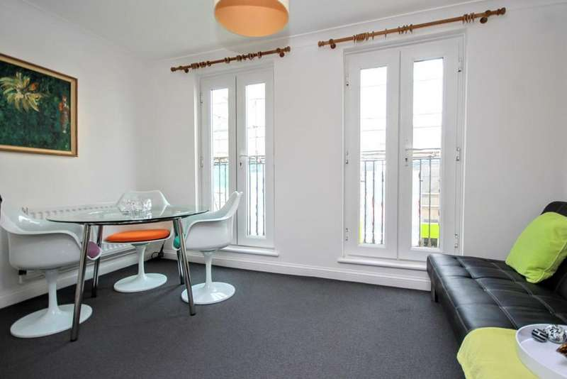 3 Bedrooms Terraced House for sale in Dolphin Mews, Brighton, BN2