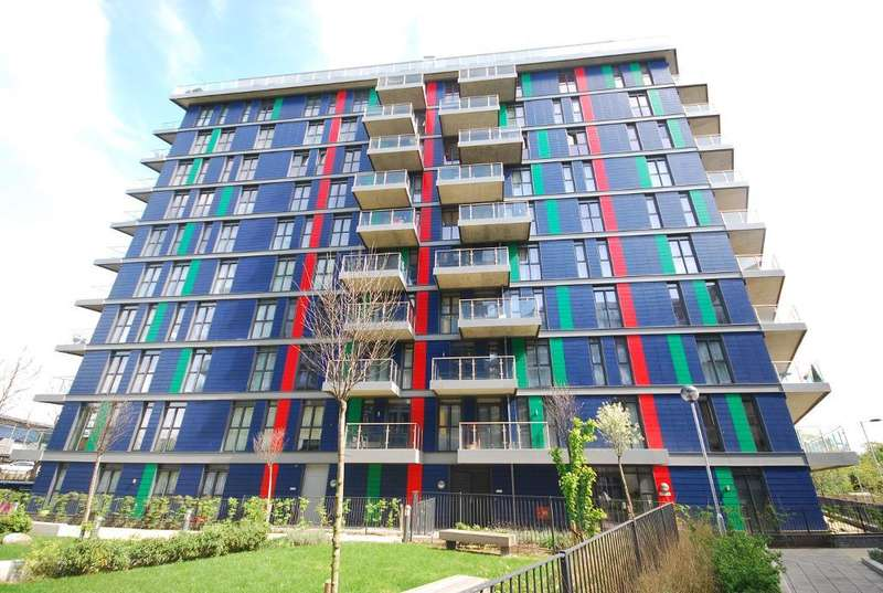 1 Bedroom Flat for sale in MARSWORTH HOUSE, HATTON ROAD, WEMBLEY, MIDDLESEX, HA0 1QY