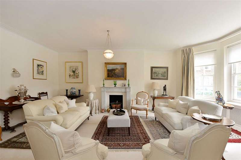 3 Bedrooms Flat for sale in St Stephens Close, London, NW8