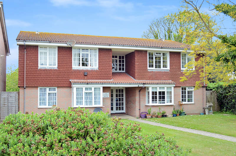 1 Bedroom Flat for sale in George House, Manor Road, Selsey, PO20