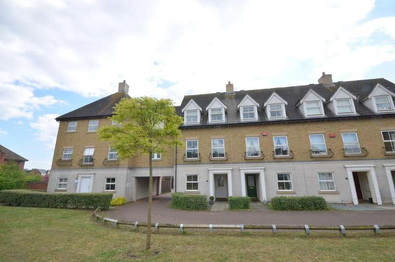 3 Bedrooms Town House for sale in Robin Crescent, Stanway, West Colchester
