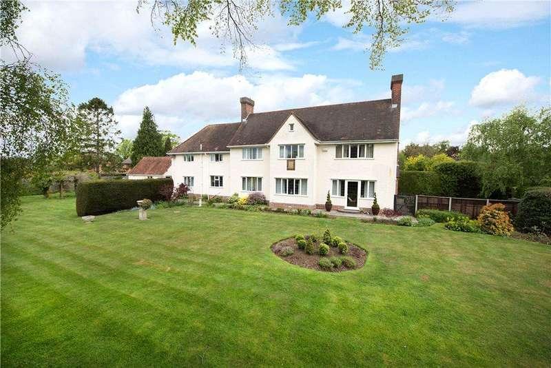 5 Bedrooms Unique Property for sale in Vicars Close, Biddenham, Bedford, Bedfordshire