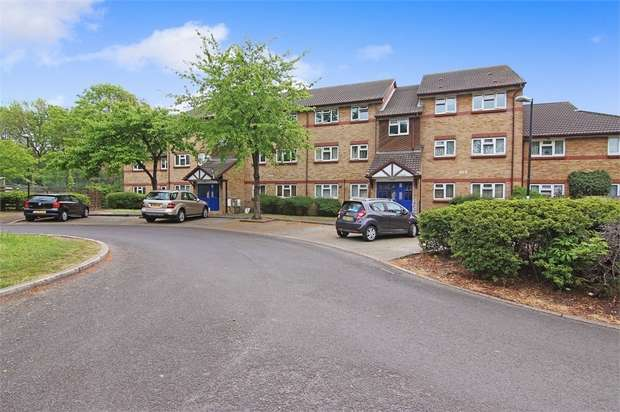 2 Bedrooms Flat for sale in Lena Kennedy Close, Walthamstow, London