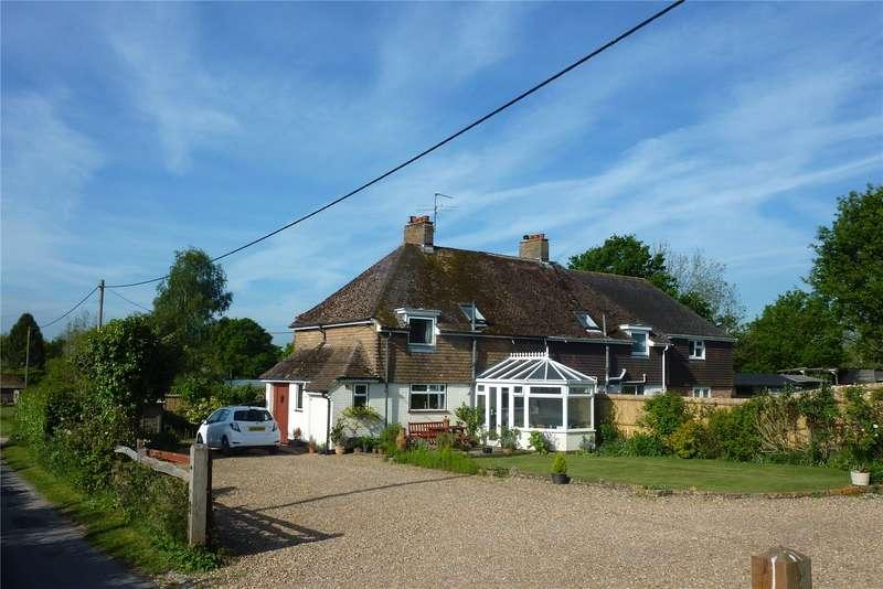 3 Bedrooms Semi Detached House for sale in Marringdean Road, Billingshurst