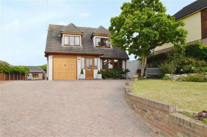 4 Bedrooms Detached House for sale in Bellhouse Road, Leigh-on-Sea SS9