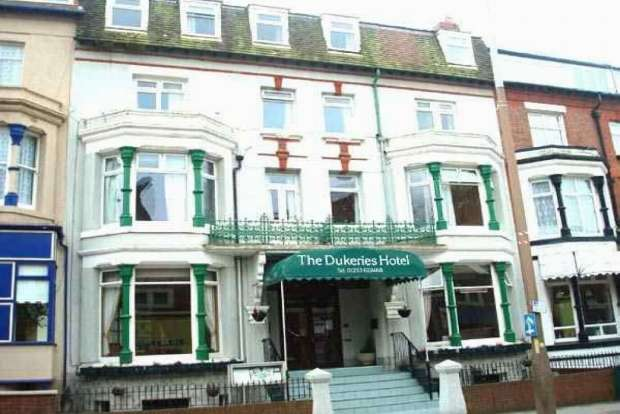 37 Bedrooms Hotel Gust House for sale in Adelaide Street Central Blackpool