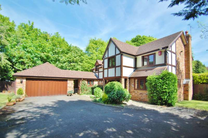 5 Bedrooms Detached House for sale in Marsham Lane, Gerrards Cross, SL9